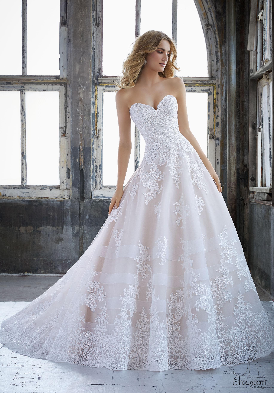 Robes de mariée 8211