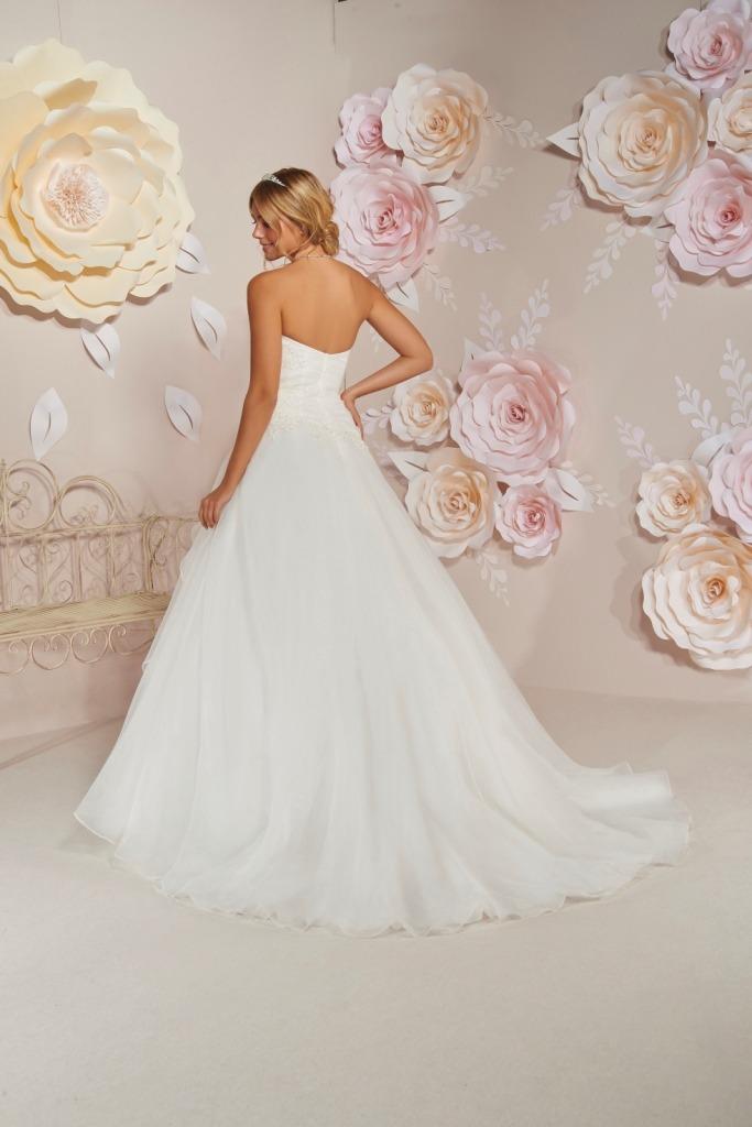 Robes de mariée 204-31 : 849€