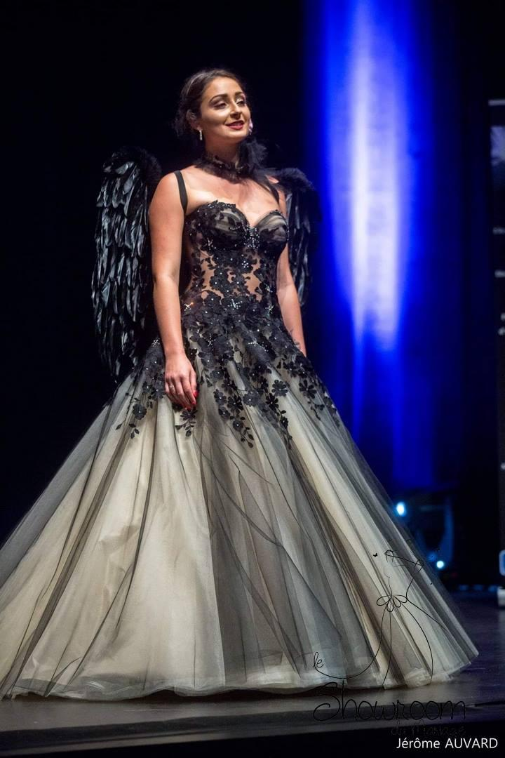 Robes de mariée Devil Black : 1760€
