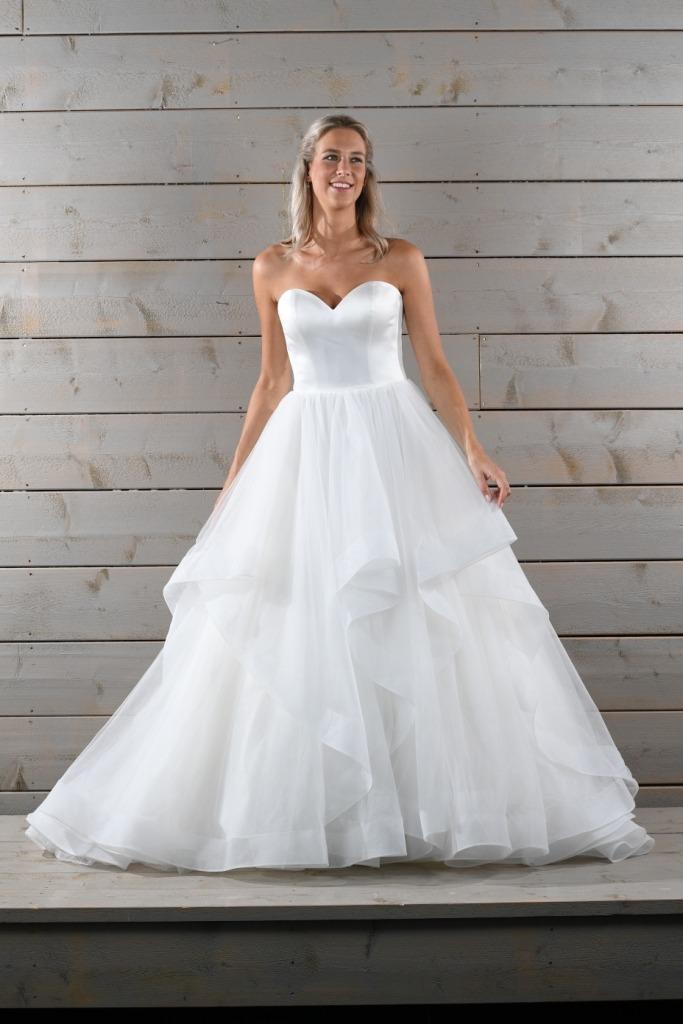 Robes de mariée 20220 WL : 1259€