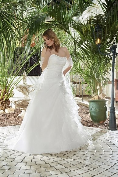 Robes de mariée 213-04