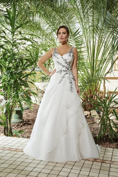 Robes de mariée 213-08