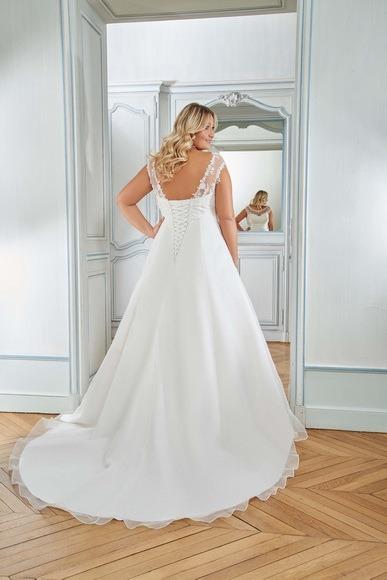 Robes de mariée 218-14