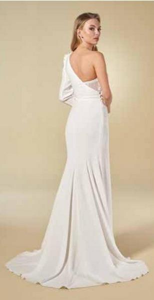 Robes de mariée 8011 Elo